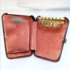 Brown leather Prince Gardner keys holder case